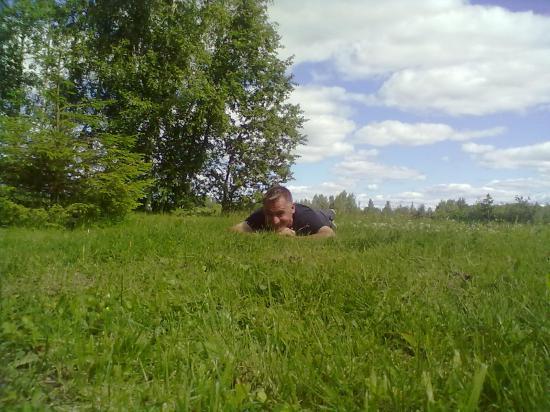 а вот так мужчина выглядит в свободное от фотоохоты время!!)))