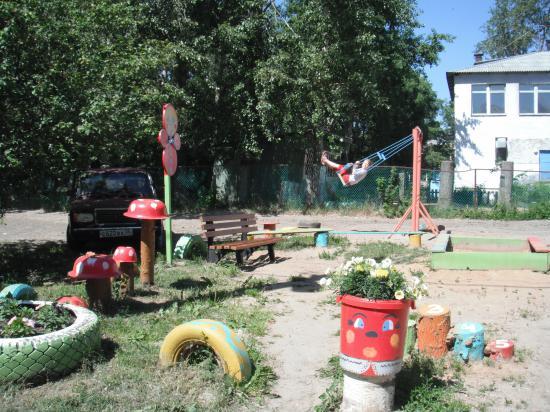 детская плошадка в Дубровском