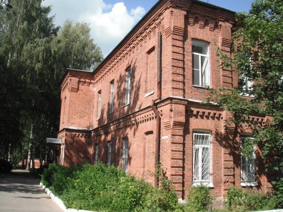 одно из старейших зданий больницы.