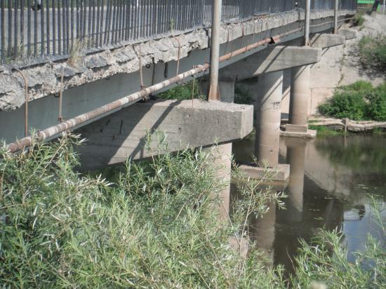 мостик маленький, а проблема большая