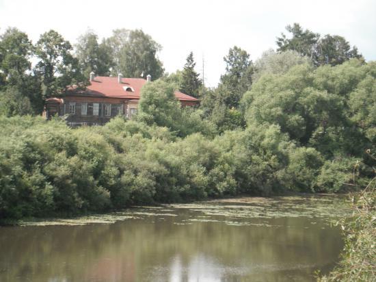 Окрестности Кувшинова. Вдали виден дом где жил революционер А.В. Луначарский. Будуший первый министр образования