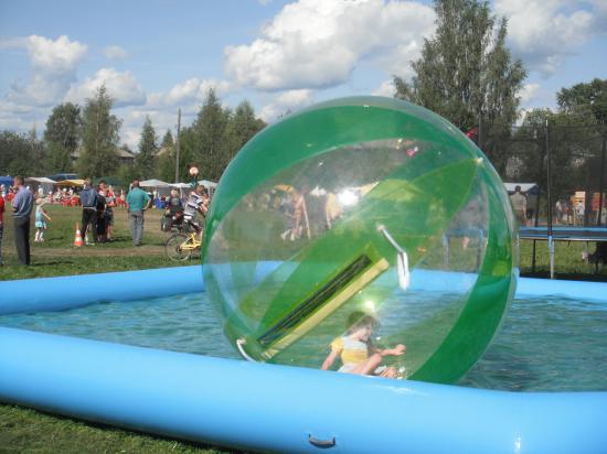плавание в мыльном пузыре
