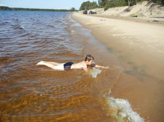 вода очень порадовала и нас, и детей