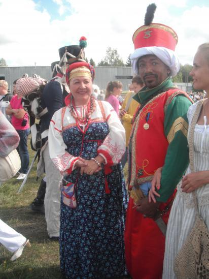 наших солдат из белозерского полка, тоже на войну женщины провожали