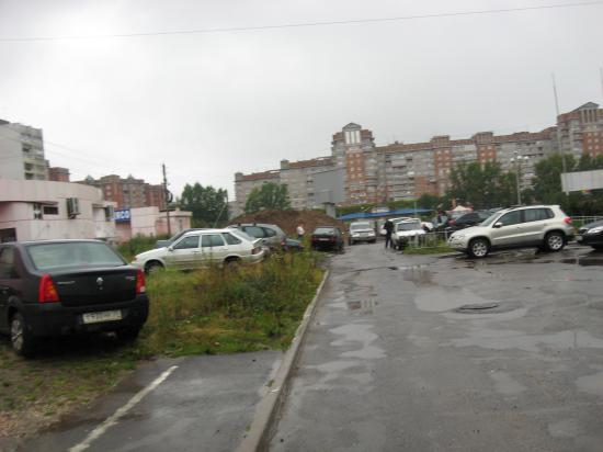 Парковка на газонах, штраф 2500