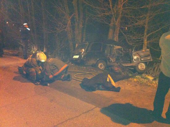 В результате ДТП на улице Канифольной погиб человек