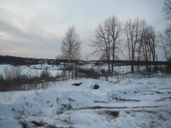 вид от сельского кладбища