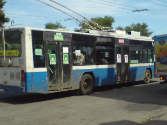 Турникеты в троллейбусах 4-го маршрута