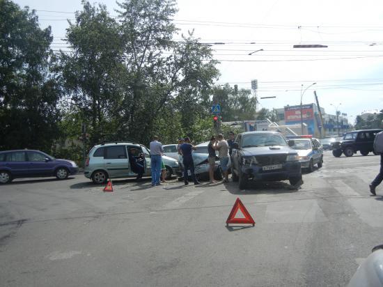 Авария на перекрестке  ул.Чехова и ул. Мира