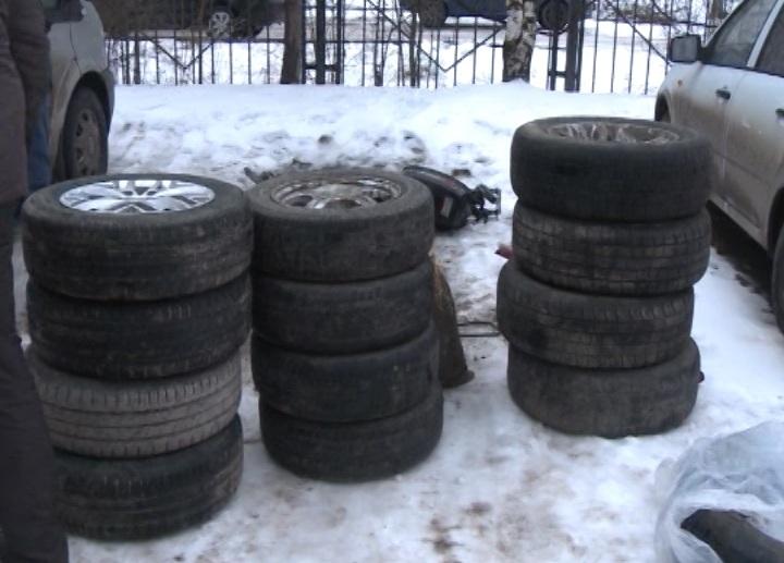 В Вологде полицейские ищут владельцев украденных вещей