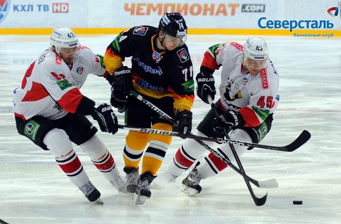 Хоккейная «Северсталь» проиграла «Трактору» в Череповце