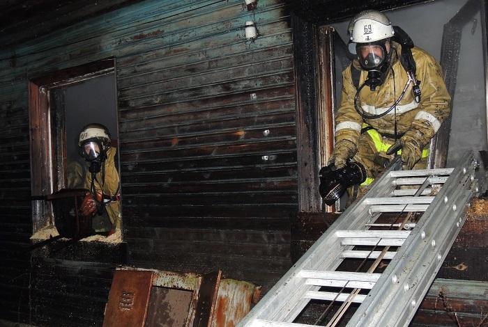 В Вологодской области при пожаре погибли двое детей и трое взрослых