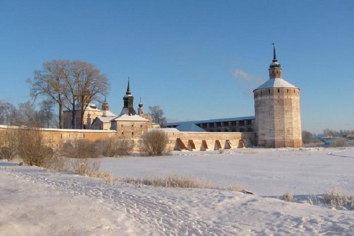 В Кириллове гостей ждут фольклор, забавы и русские богатыри