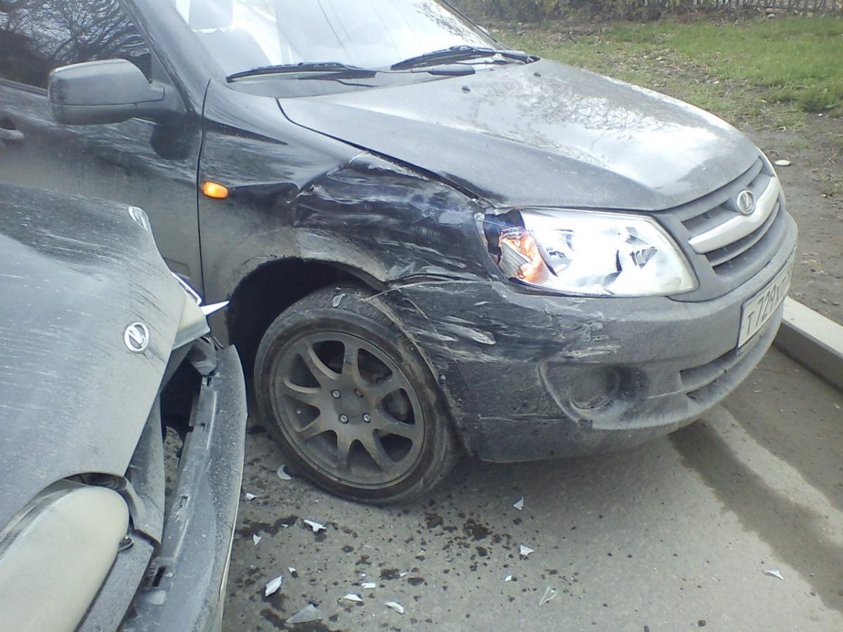 6-летняя девочка пострадала в аварии в Вологде