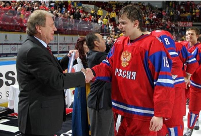 Череповчанин Павел Бучневич стал бронзовым призером молодежного Чемпионата мира по хоккею