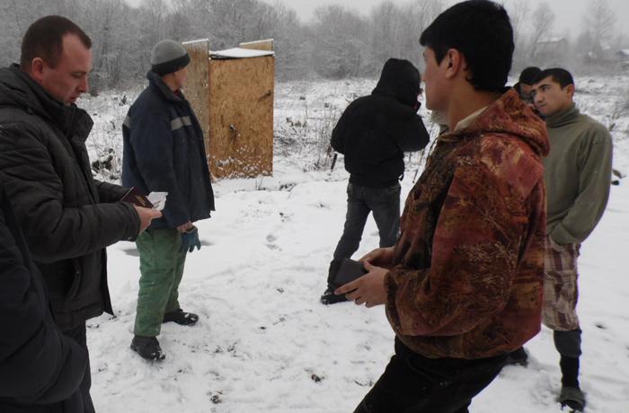 Соцсети помогли поймать нелегальных мигрантов под Вологдой