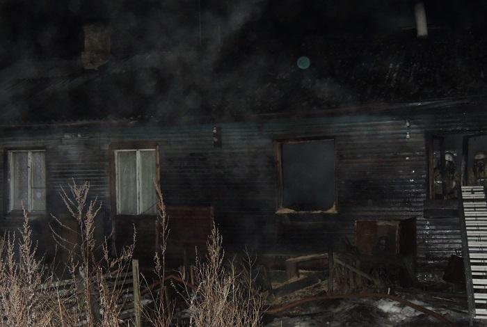 По факту гибели пяти человек на пожаре в Вологодской области возбуждено уголовное дело