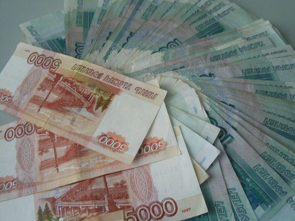 В Череповце внук украл у своего дедушки 300 тысяч рублей