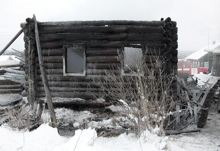 На пожарах в Вологодской области погибли два человека