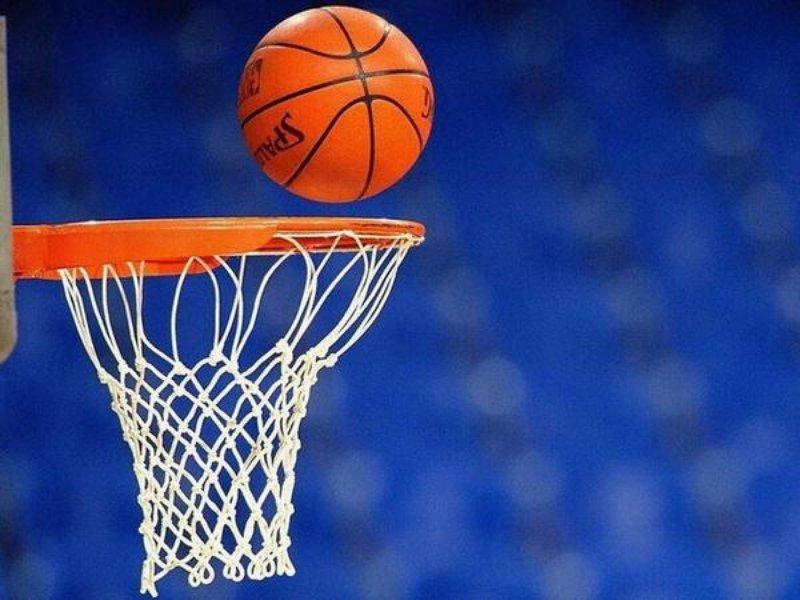 Вологжане пожаловались на финансирование детского спорта в области олимпийской чемпионке по баскетболу