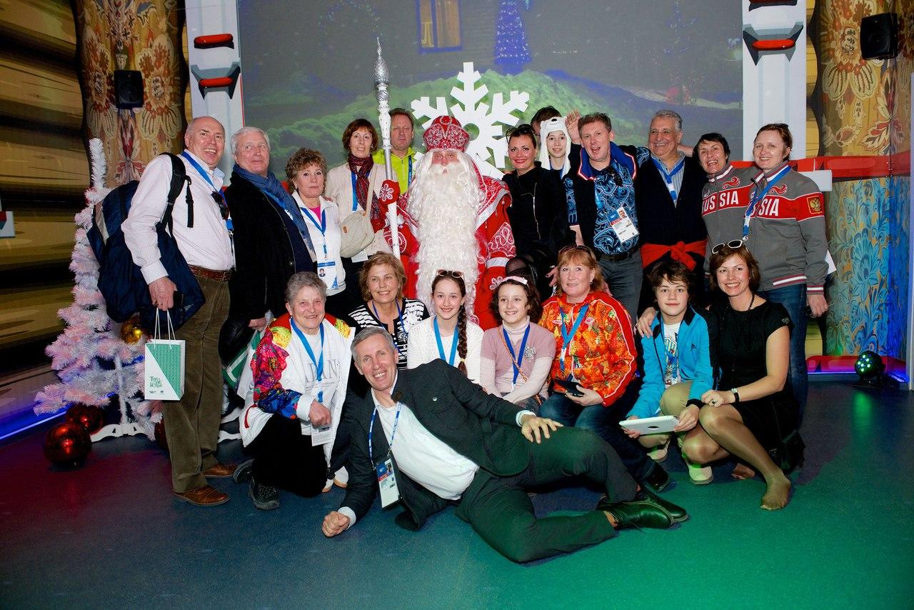 Олимпийские чемпионы разных лет собрались в резиденции Деда Мороза