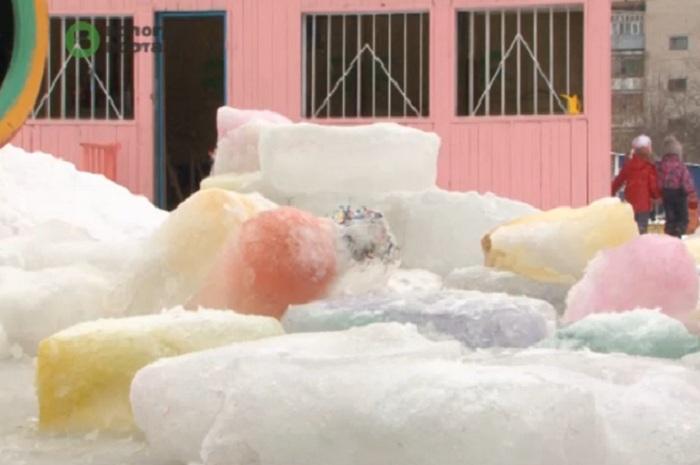 В Вологде снежные крепости, сделанные детьми, разрушили вандалы