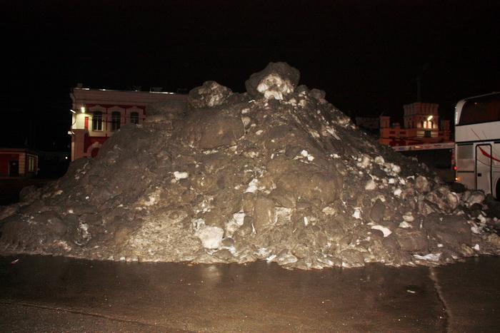 Кучи снега из Вологды будут вывозить по графику