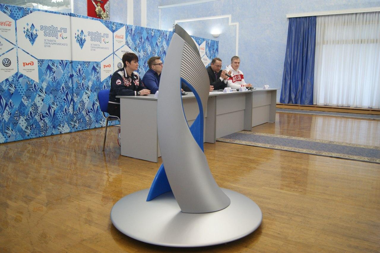 Череповецкие кузнецы зажгут огонь для Паралимпийской эстафеты от пера Жар-Птицы