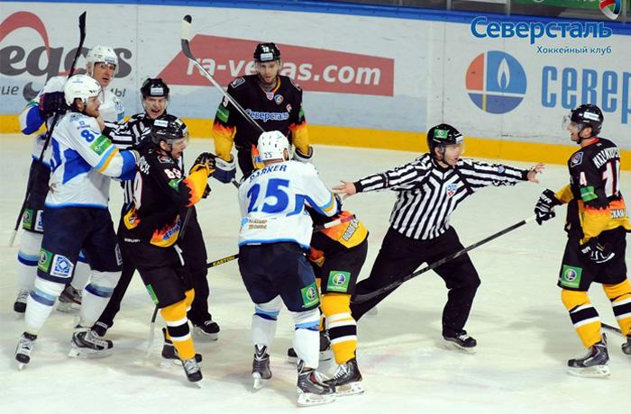 Хоккеисты «Северстали» обыграли «Барыс»