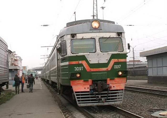 Пригородные электрички в Вологодской области пока не отменят