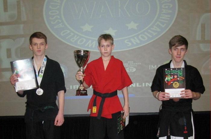 Юный череповецкий кикбоксёр завоевал Кубок мира в Ирландии