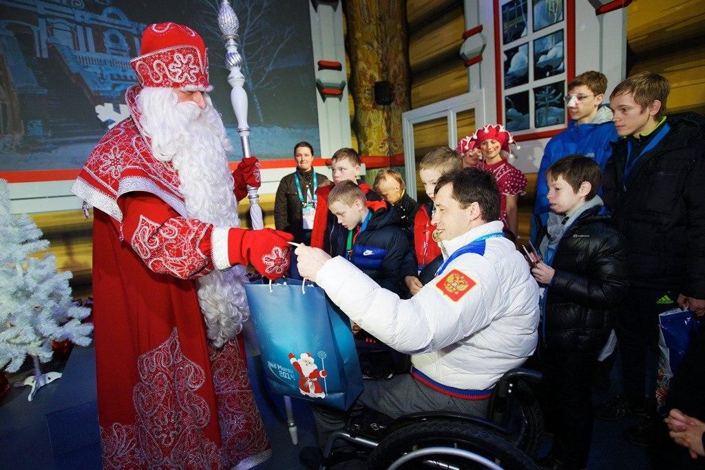 Российские паралимпийцы получат в подарок вологодские матрешки