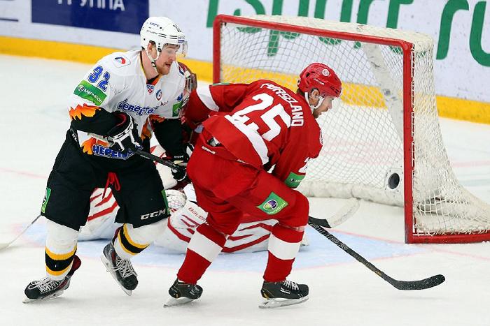 Хоккеисты «Северстали» снова обыграли соперников из «Витязя»
