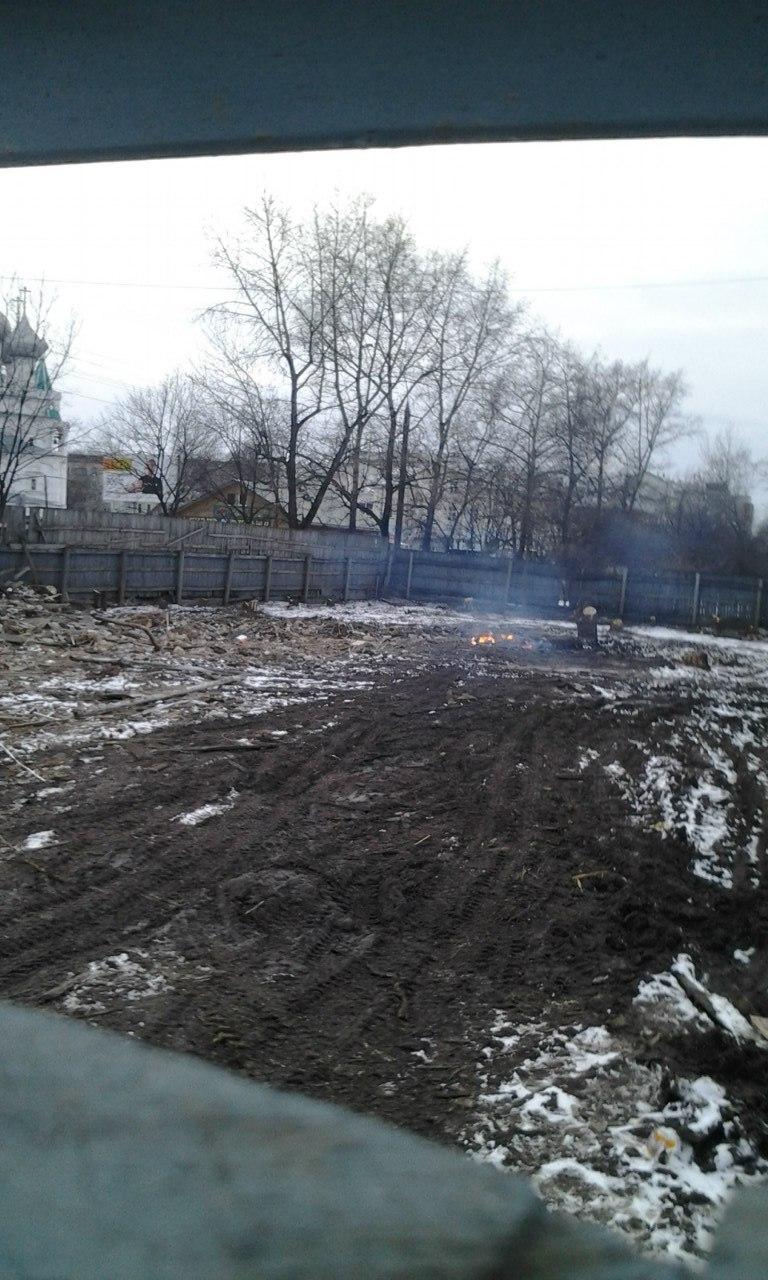 На Воровского отжигают