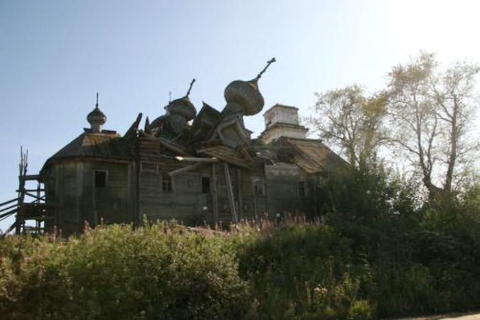 Вологжан приглашают присоединиться к экспедициям по восстановлению храмов Русского Севера
