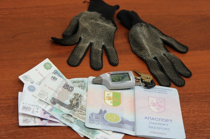 В Вологде «гастролёры» вскрывали иномарки при помощи специального сканера