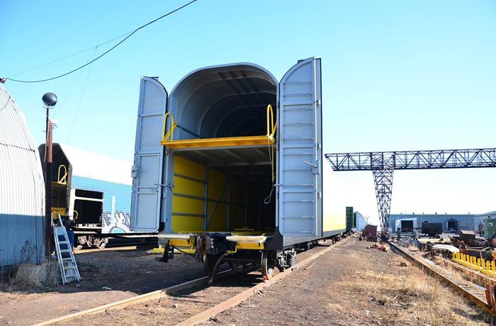 В Вологде начали выпускать автовозы для железнодорожного транспорта