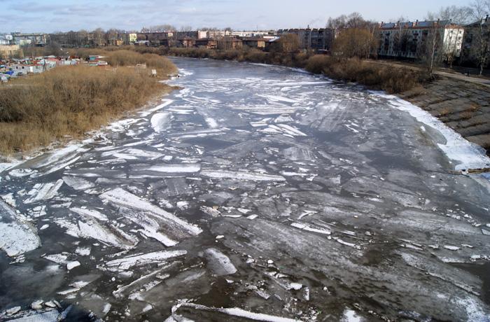 Вологжан призывают не выходить на тонкий лёд
