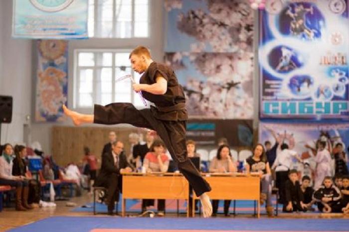 Вологодские кикбоксеры завоевали 30 медалей на чемпионате и первенстве России