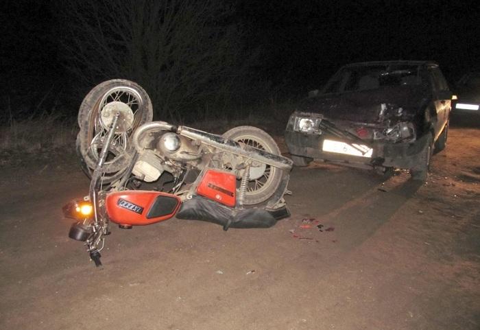 В Вологодской области мотоциклист без прав столкнулся с ВАЗом, у водителя которого тоже не было прав