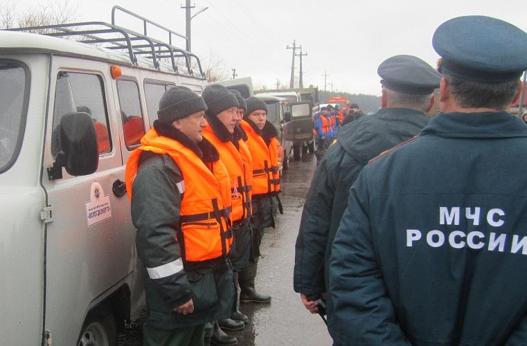 Готовность спасательного поста «Вологдаэнерго» к весеннему паводку оценил губернатор Олег Кувшинников