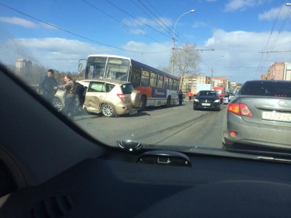 ДТП на Ленинградском мосту