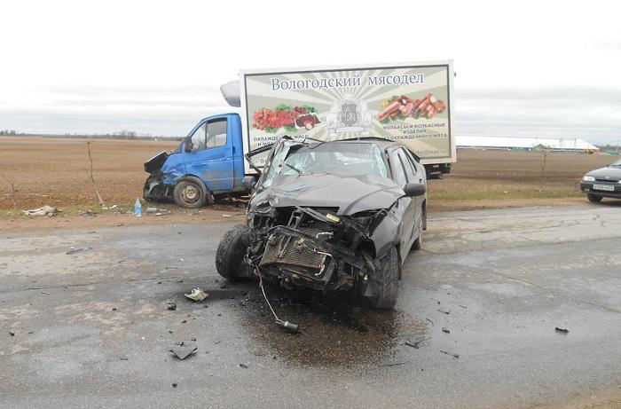 В Вологодской области пьяный водитель иномарки врезался в «ГАЗель»