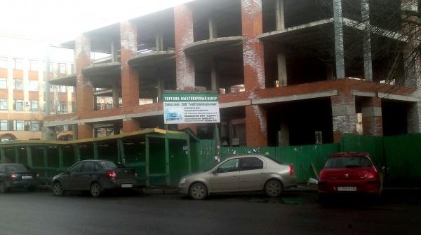 Незавершенное строительство в городе