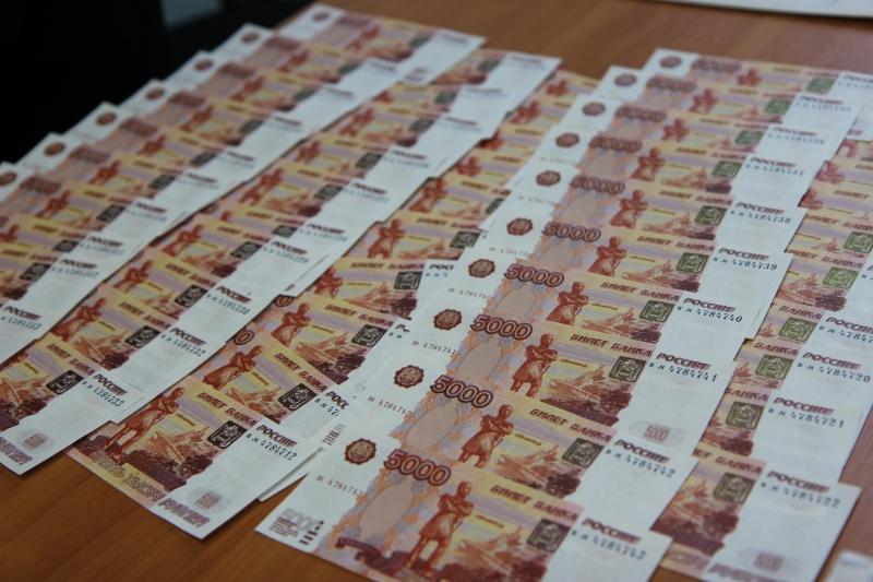 В Вологде задержали мужчин с «фальшивками» на сумму 775 тысяч рублей