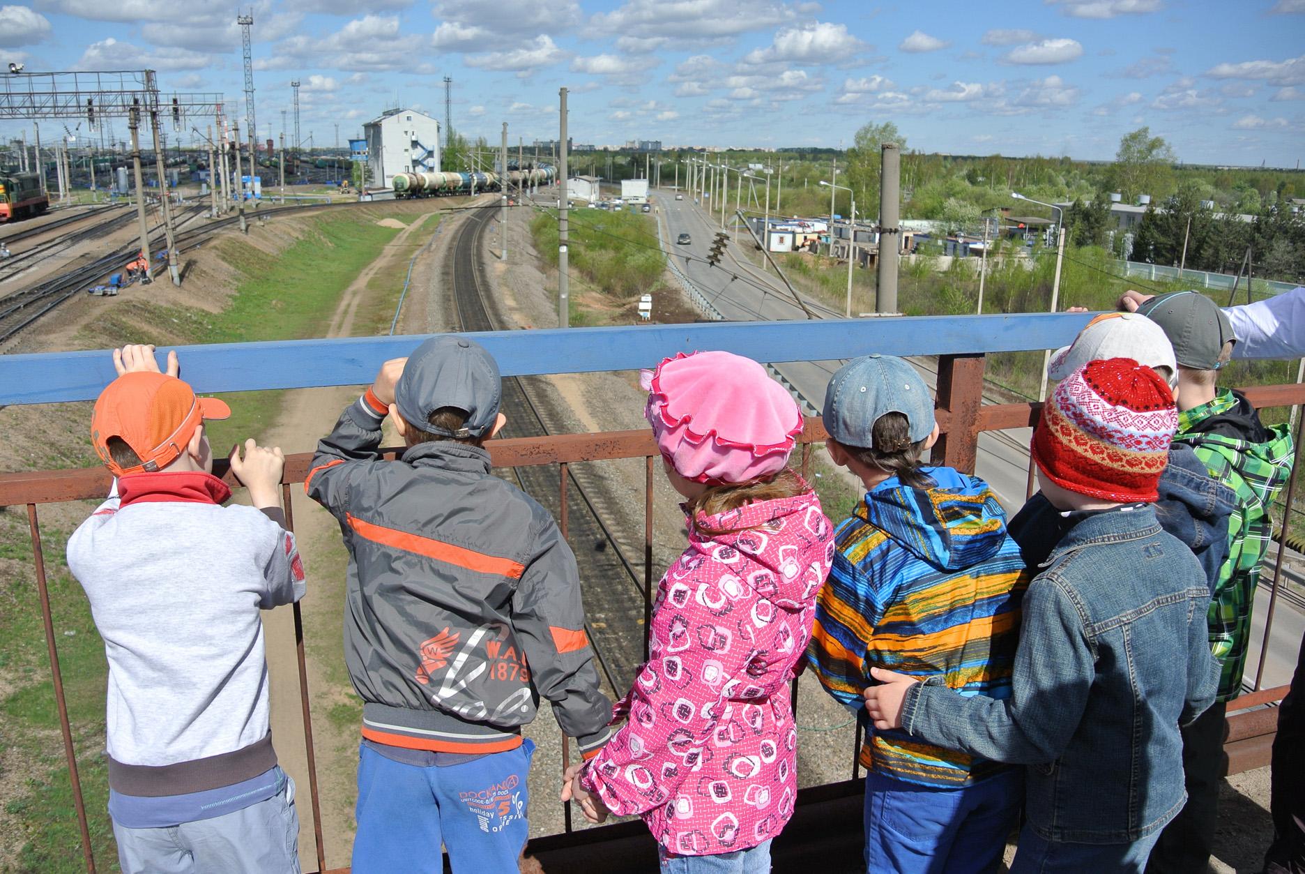 В Вологде детям рассказали о правилах поведения на ж/д путях