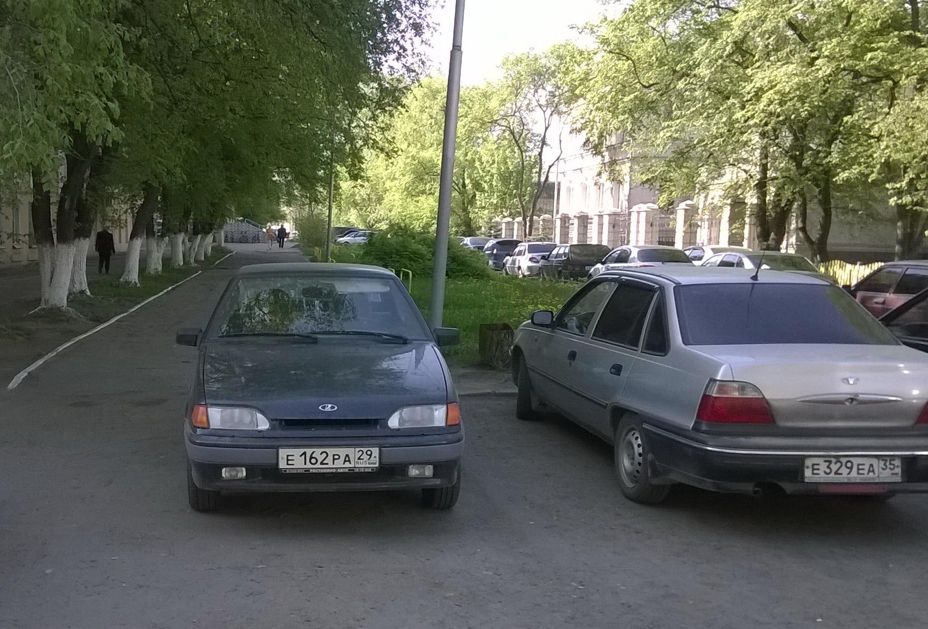 Так паркуются студенты ВоГУ