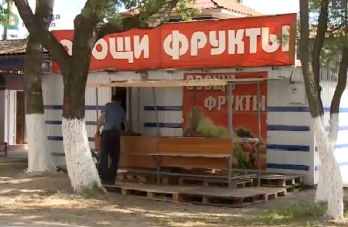 Владельцы незаконных ларьков в Вологде пользуются электричеством за счет жителей