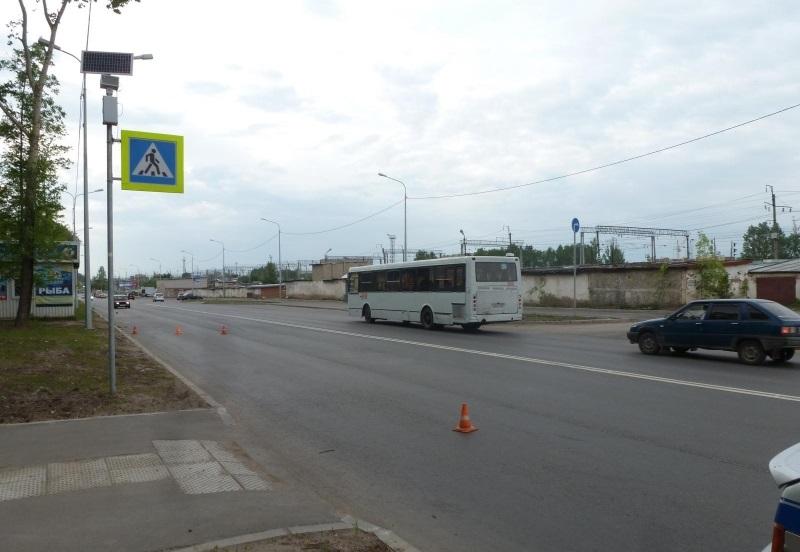 Пятилетний велосипедист попал в реанимацию после ДТП в Вологде
