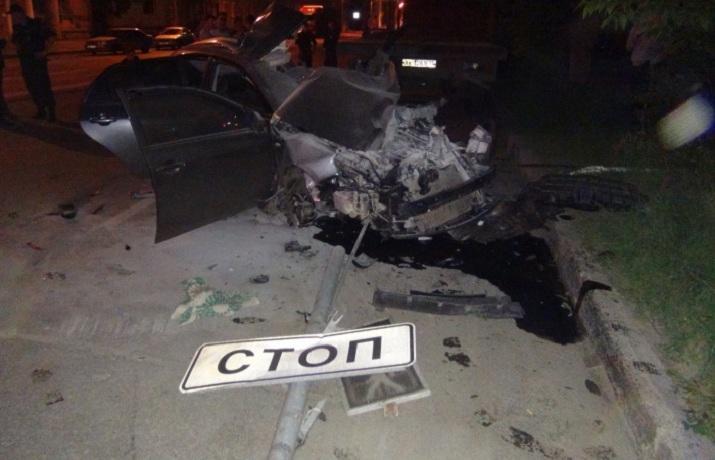 В ДТП в Череповце  погибли полицейский и его пассажирка